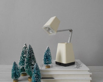 vintage atomic white small office desk lamp / folding pyramid reading table lamp