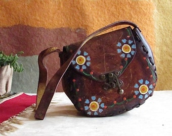HIPPIE HIPPIE HOORAY Vintage 70s Purse   1970's Bohemian Mexican Hand Tooled Leather Bag   Handcrafted Shoulder Bag   Southwest Boho Western
