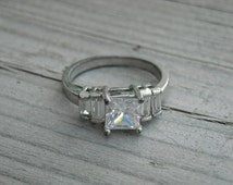 Vintage Diamond Ring Size 7 Vintage Engagement Ring Vintage Wedding Ring Princess Cut Diamond Ring Square Diamond Multi Diamond Ring Silver