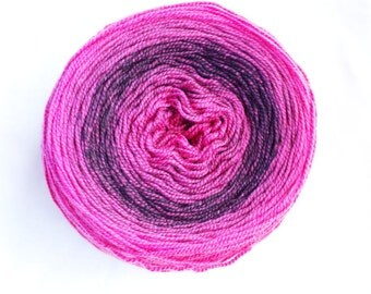Gradient Sock yarn - Hand Dyed Superwash Merino Sock Yarn, Fuchsia,  Dark Burgundy, Fingering Weight, Lot #22