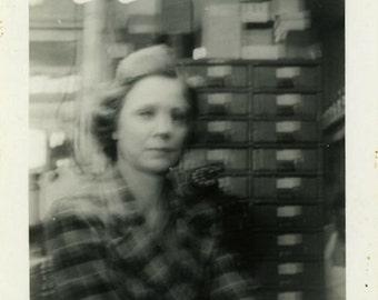 "Vintage Photo ""The Working Woman"" Snapshot Antique Photo Old Black & White Photograph Found Paper Ephemera Vernacular - 11"