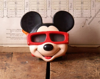 Vintage Mickey Mouse Viewmaster