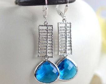 SALE - Electric Blue Jewel Dangle Earrings in Silver. Blue Drop Earrings. Drop. Fashion Earrings. Free Shipping.