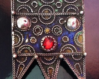 Moroccan Prayerbox Amulet with Enamel & Red Glass incl. Leather Cord Filigrein Details