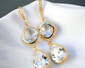 Gold Crystal Clear Drop Earrings. Clear Earrings. Cubic Zirconia Earrings.Crystal Earrings.Wedding.Bridal.Bridesmaid Gift.Christmas Gift.Mom