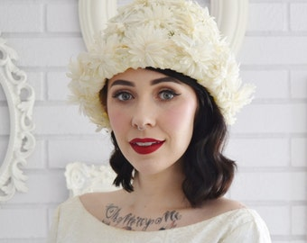 Vintage White Flower Petal Hat with Green Ribbon Union-Made