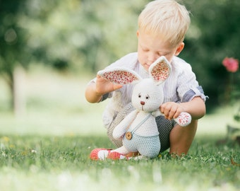 PATTERN - Sissy bunny - amigurumi pattern, crochet pattern, PDF