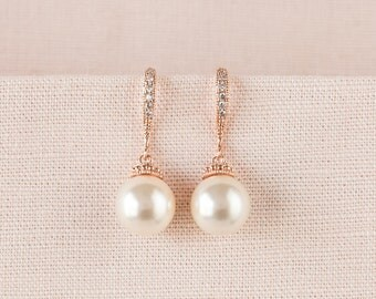 Rose Gold Bridal Earrings, Classic Pearl Wedding Earrings, Pearl Drop Bridesmaid earrings, Swarovski Pearl drop Earrings