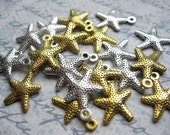 20 Starfish Charms in Gold and Silver Tone - C2408
