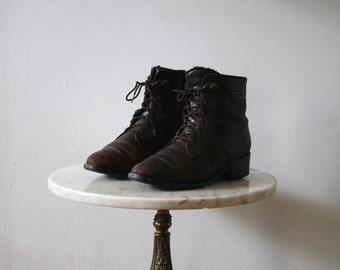 Lace-Up Boots Ankle - 8 Women's - Brown Dark Booties Shoes - 1990s Vintage