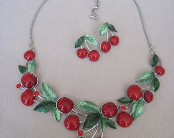 Juicy Red Cherry with Textured Leaves Necklace Set