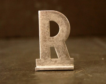 "Vintage Metal Sign Letter ""R"" with Base, 1-13/16 inches tall (c.1950s) - Industrial Decor, Art Supply, Typography"