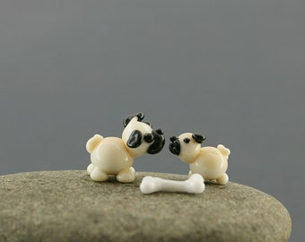 Pug dog miniature sculpture figurine  Mom dog , puppy ,  bone/ fairy garden supply kit terrarium accessory glass lampwork tiny pet animal