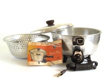 General Electric Saucepan 16S40 Small Kitchen Appliance