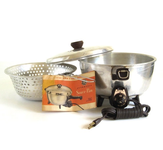 Small Electric Kitchen Appliances: General Electric Saucepan 16S40 Small Kitchen Appliance