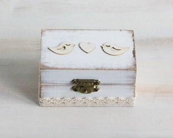 White Ring Bearer Box Wedding Ring Box Birds Ring Bearer Box We Do / I Do  Personalized Ring Box Burlap and Lace Rustic Wedding Box / Pillow