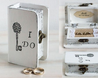 White ring box, Wedding box Ring bearer box Wedding ring box I Do Personalized ring box Engagement ring box Jewelry box Ring holder Book box