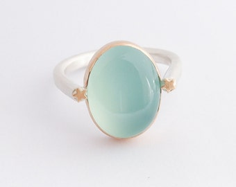 sea star ring by Harmony Winters 〉〉Chalcedony, 14k gold and stars recycled sterling ring 〉〉blue green gemstone