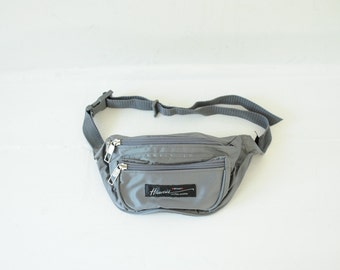 "Vintage Gray ""Shiny Feel"" Hawaii Fanny Pack, Made by Victor Sports / ITEM473"