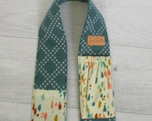 Padded Camera Strap Cover. DSLR Teal Camera Strap Cover. Canon or Nikon Camera Strap with Lens Pockets. Gift for Photographers & Bloggers.