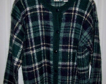 Vintage Ladies Navy Blue & Green Plaid Cardigan Sweater by Paul Harris Design Large Only 8 USD
