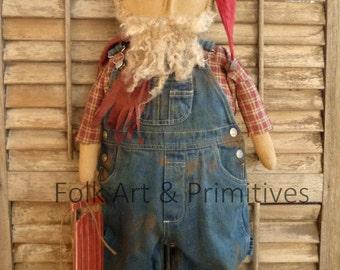Primitive Standing Santa Doll ~~Santa's Workhop ~ Winter ~ Christmas