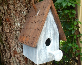 Country Chic BirdHouse