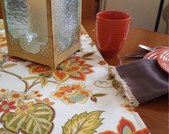 Tropical Floral Print Table Runner