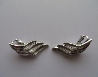 Vintage Trifari Silver Tone Clip On Earrings