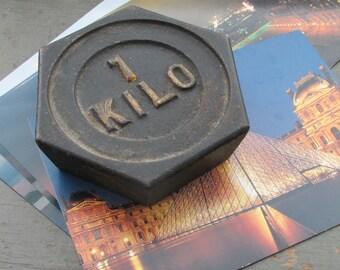 1 Kilo Weight Paperweight