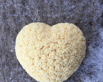 White Chocolate Raspberry Cake Intricate Rose Heart Soap [DLSB83H]