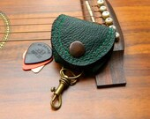 Guitar Pick Case Green Leather Pick Pouch Keyring Guitarist Accessory Gift for him Gift for her