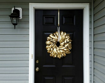 Gold Holiday Wreath/ Gold Magnolia Wreath/ Magnolia Wreath/ Gold Christmas Wreath/ Christmas Wreath/ Gold Home Decor/Gold Wreath/