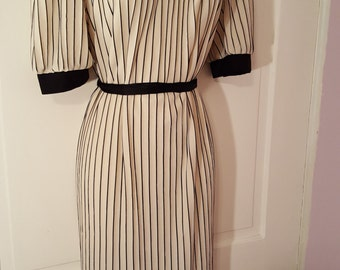 SALLY'S GIRL DRESS // 80's Black and White Striped New Wave Dress Size xl/l Button Up One Size