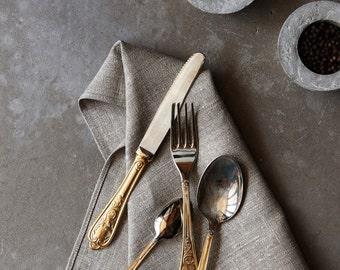 Linen fiesta napkins set of 8,  dinner linen napkins, cloth napkins bulk, organic napkins for farmhouse table decor - size 18x18 inch   0240