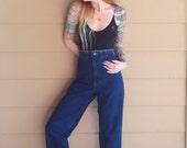 Vintage LEE High Waisted Dark Denim Cropped Straight Leg Retro Mom Jeans // Women's size Large L 29 30