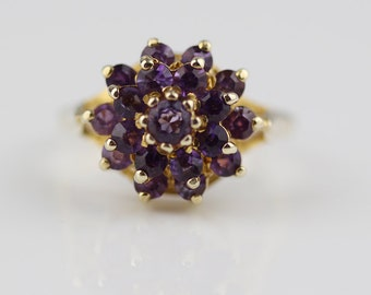 Beautiful 1980s Amethyst 9ct Gold Cluster Ladies Ring Size UK K  and US 5.25