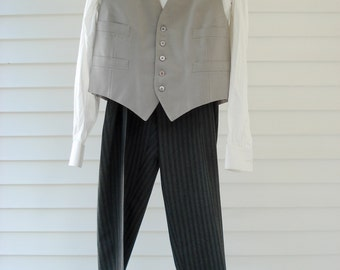FOUND IN SPAIN -- gorgeous 4 piece tuxedo with tails - beautifully made formal wear