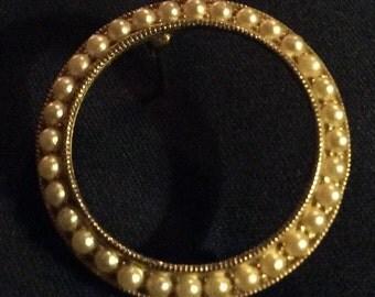 Vintage Pearl Circle Pin Brooch
