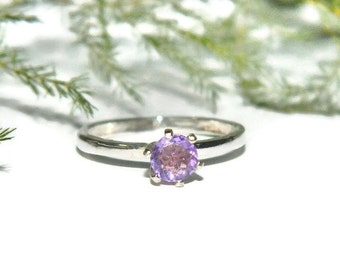 Amethyst Ring, Light Purple Stone, Natural Amethyst Ring, Size 7 Ring, Brazilian Amethyst Ring