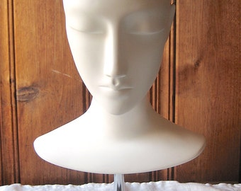 Mannequin Bust on Stand - Hat / Wig / Earring Display Stand - White Unisex Head Form with Removable Chrome Base - Jewelry Display Photo Prop