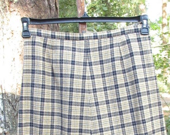 Love this Skirt!  Great Pendleton Wool Denim Color Blue and Tans/100% Virgin Wool Skirt/Made in the USA Wool Skirt/Vintage Wool Skirt