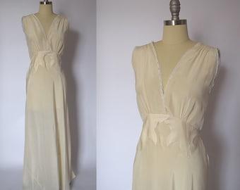 1940's Vintage Silk Nightgown