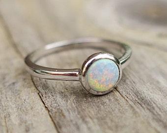 Dainty Vintage 925 Sterling Silver Lab Opal