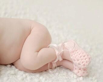 Crochet Newborn Ballet Slippers - Newborn Ballerina - Baby Girl Shoes - Newborn Photo Prop - Baby Booties - Baby Girl Shoes - Newborn shoes