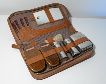 Brown Leather Men's Travel Grooming Kit Vintage West Germany Wood Boar Bristle Brushes Chrome Containers Nail Tools Shaving Brush Mirror