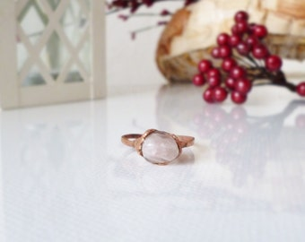 Rose Quartz ring, raw stone ring, natural crystal ring, stackable rings, open ring,electroformed