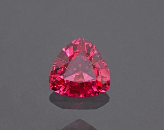 Brilliant Red Pink Spinel Gemstone from Burma 0.69 cts.
