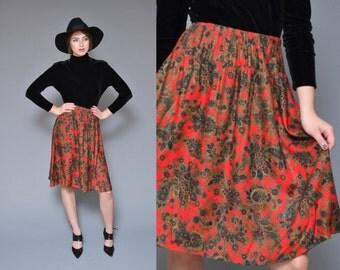 Paisley Skirt 80s 90s Red Silky High Waisted Circle Skirt Hippie Boho Folk HOLIDAY Novelty Print Mini Midi Skirt Medium Large
