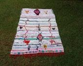 "83""X51"" Moroccan rug woven by hand from scraps of fabric / boucherouite / boucherouette"